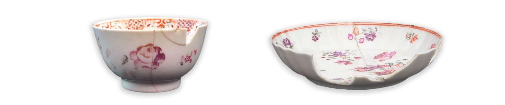 Bol à thé et soucoupeMCC/LRAQ, photos: Catherine CaronLatrines de la maison Boisseau. Vers 1761-1810Porcelaine fine dure, Chine. Décor floral peint en émail polychrome.